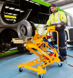 maintenance freinage en sécurité sur autobus